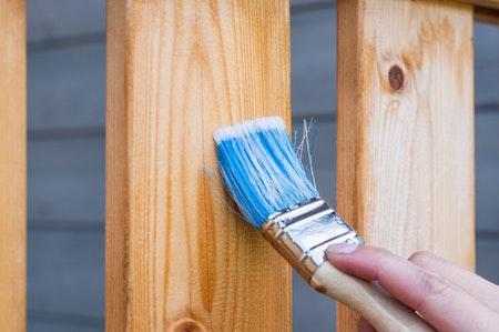 paintbrush-varnish-wooden-panel